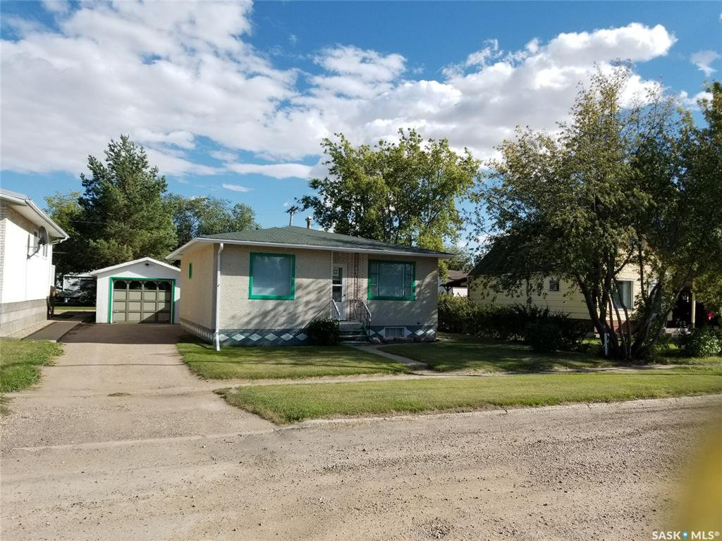 Main Photo: 512 Main Street in Unity: Residential for sale : MLS®# SK824620