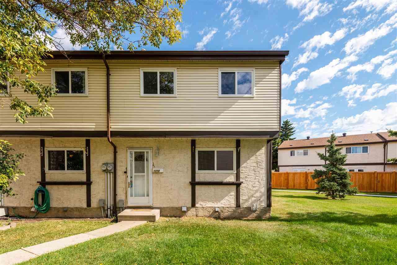 Main Photo: 1318 LAKEWOOD Road W in Edmonton: Zone 29 Townhouse for sale : MLS®# E4214309