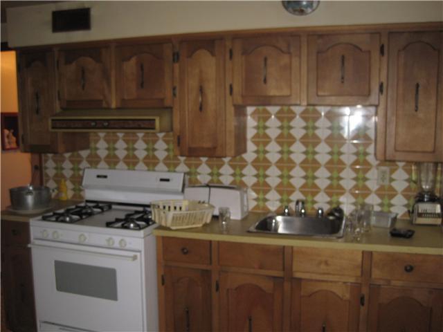 Photo 9: Photos: 2690 E 6TH AV in Vancouver: Renfrew VE House for sale (Vancouver East)  : MLS®# V905823
