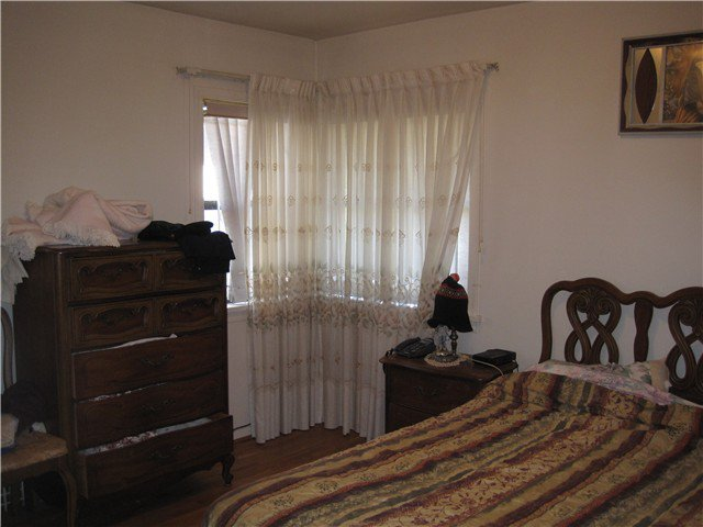 Photo 4: Photos: 2690 E 6TH AV in Vancouver: Renfrew VE House for sale (Vancouver East)  : MLS®# V905823