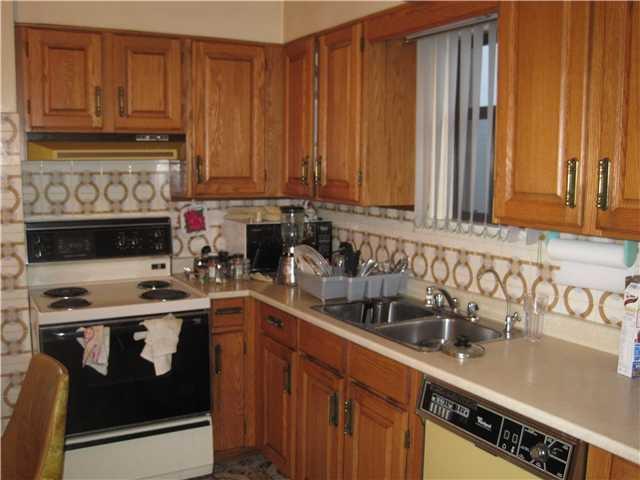 Photo 3: Photos: 2690 E 6TH AV in Vancouver: Renfrew VE House for sale (Vancouver East)  : MLS®# V905823