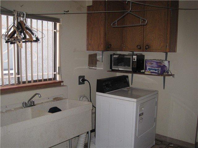 Photo 6: Photos: 2690 E 6TH AV in Vancouver: Renfrew VE House for sale (Vancouver East)  : MLS®# V905823