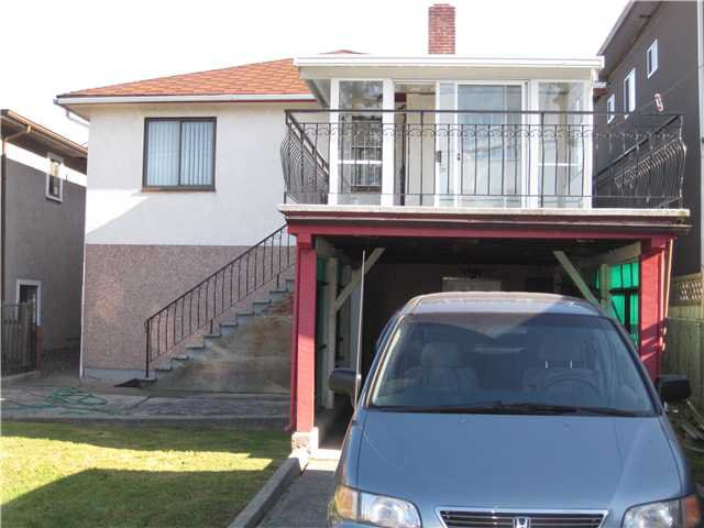 Photo 2: Photos: 2690 E 6TH AV in Vancouver: Renfrew VE House for sale (Vancouver East)  : MLS®# V905823