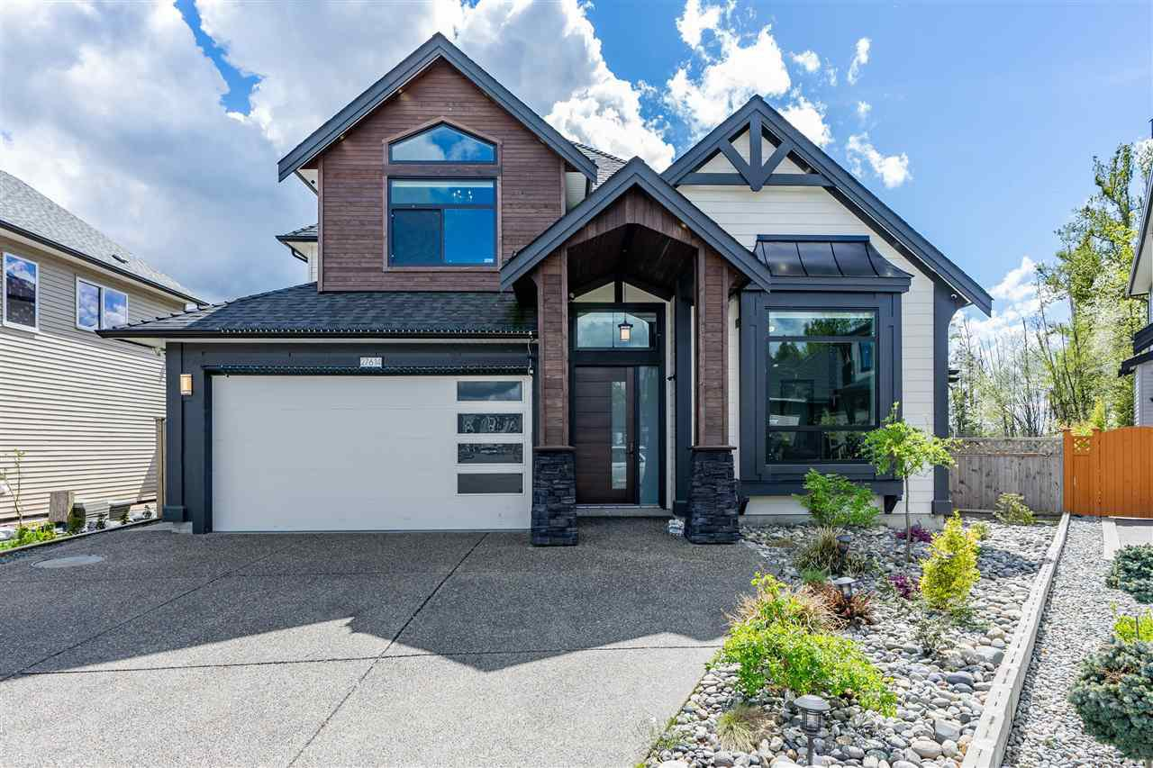 Main Photo: 27614 RAILCAR Crescent in Abbotsford: Aberdeen House for sale : MLS®# R2413224
