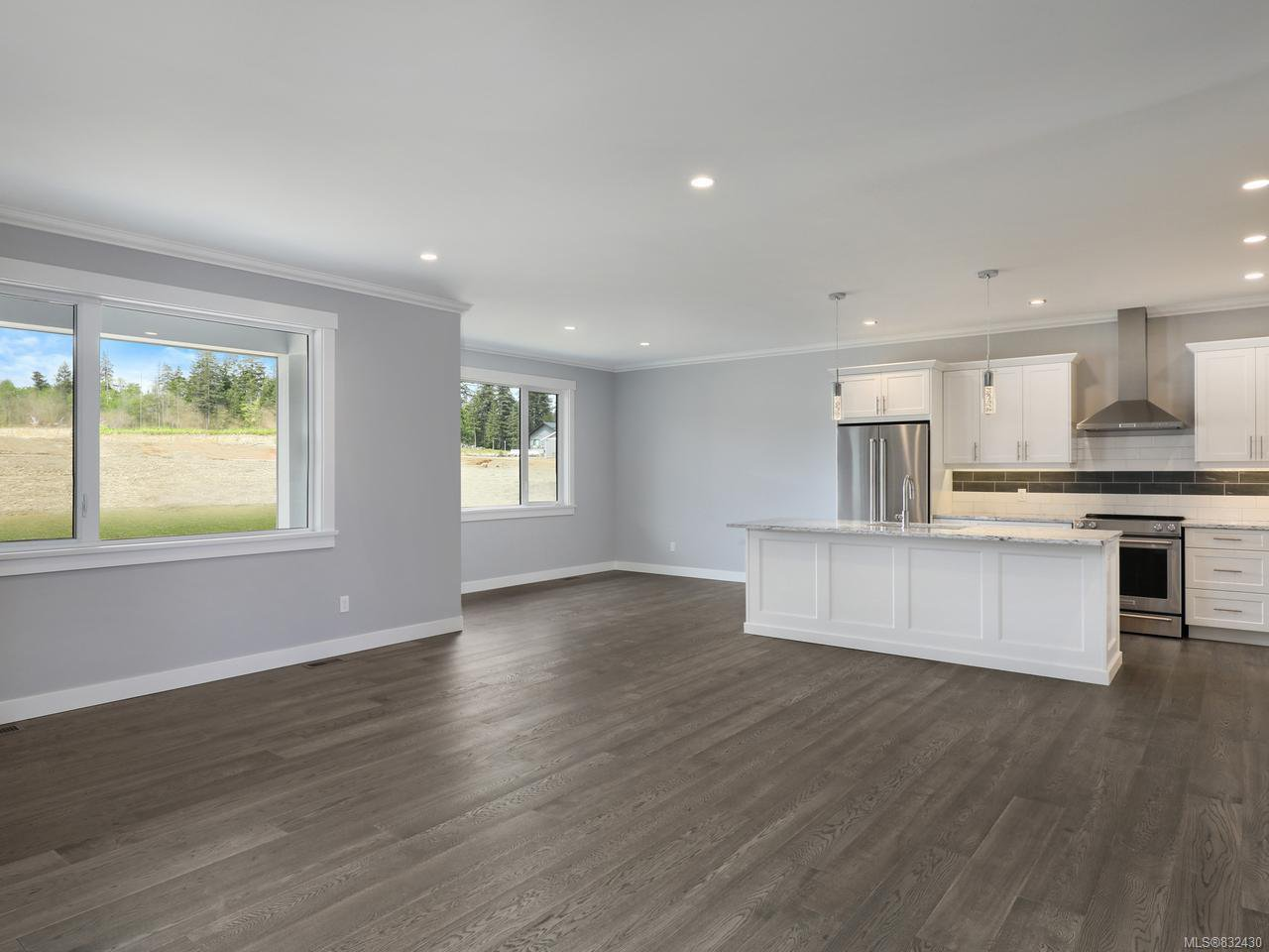 Photo 13: Photos: 3570 Wisteria Pl in CAMPBELL RIVER: CR Willow Point House for sale (Campbell River)  : MLS®# 832430