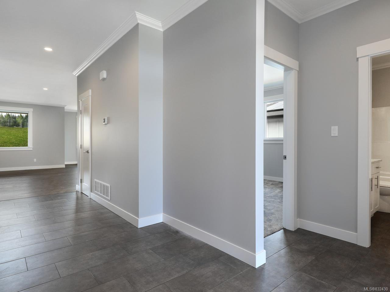 Photo 17: Photos: 3570 Wisteria Pl in CAMPBELL RIVER: CR Willow Point House for sale (Campbell River)  : MLS®# 832430