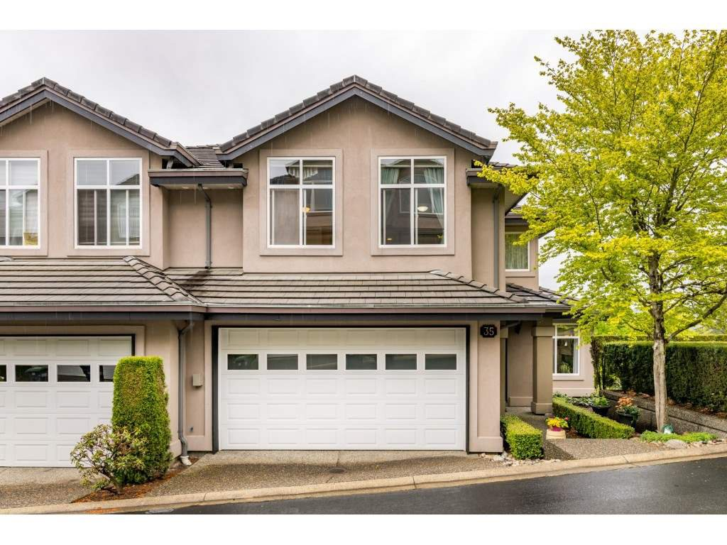 "Main Photo: 35 678 CITADEL Drive in Port Coquitlam: Citadel PQ Townhouse for sale in ""CITADEL POINTE"" : MLS®# R2453063"