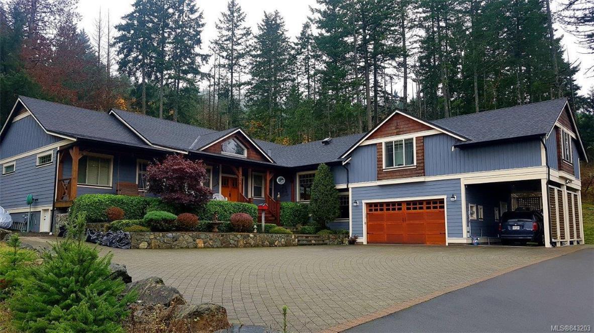 Main Photo: 771 Hanbury Pl in Highlands: Hi Western Highlands House for sale : MLS®# 843203