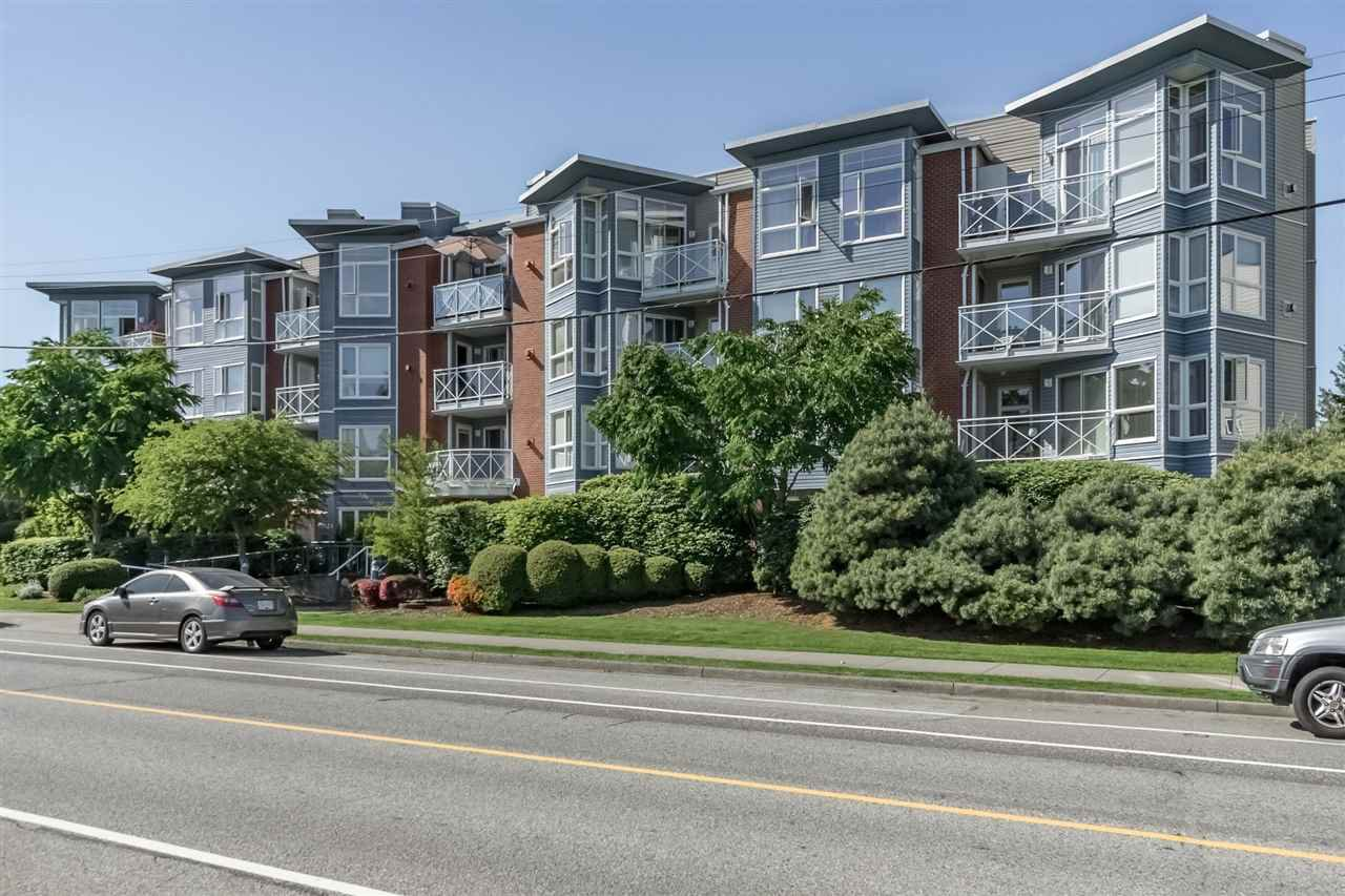 """Main Photo: 301 20245 53 Avenue in Langley: Langley City Condo for sale in """"Metro One"""" : MLS®# R2391597"""