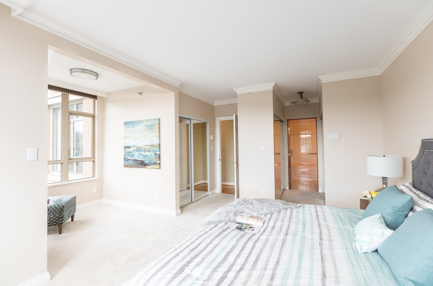 Photo 13: Photos: 401-2580 TOLMIE ST in VANCOUVER: Point Grey Condo for sale (Vancouver West)  : MLS®# R2397003