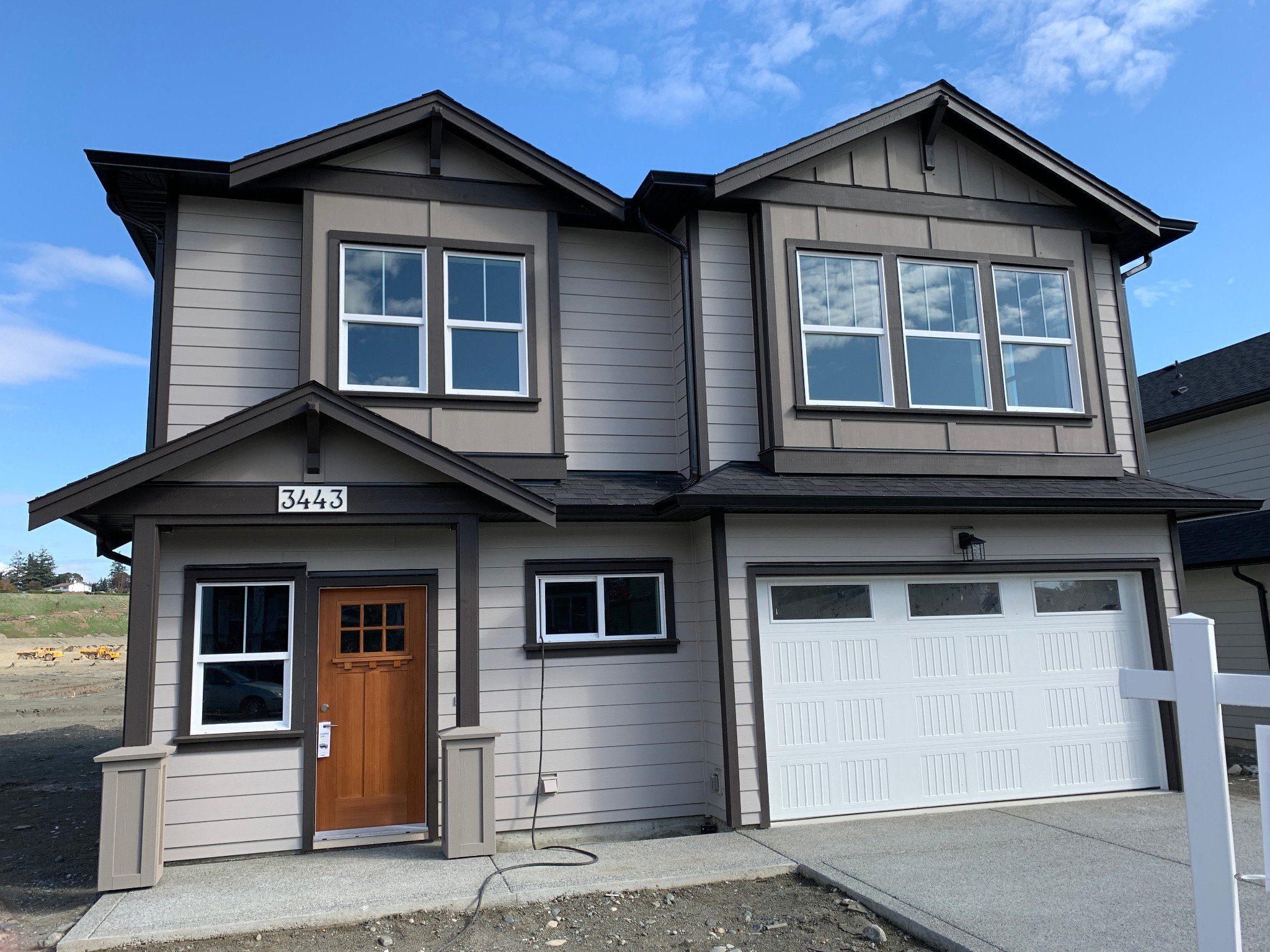 Main Photo: 3443 Sparrowhawk Avenue in : Co Royal Bay Single Family Detached for sale (Colwood)  : MLS®# 415100