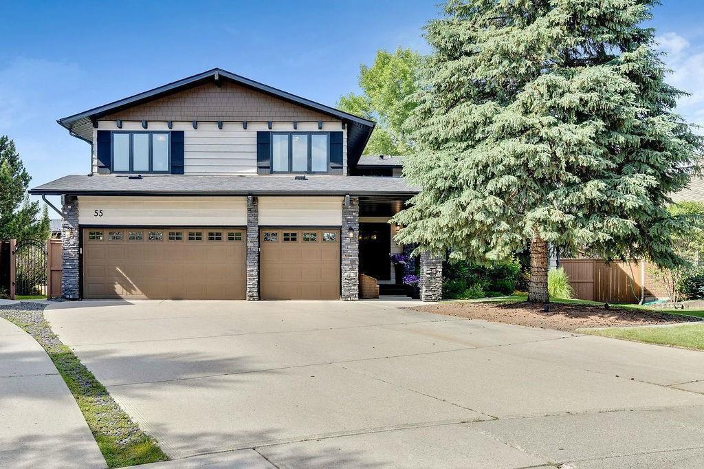 Main Photo: 55 LAKE BONAVENTURE PL SE in Calgary: Lake Bonavista Detached for sale : MLS®# C4306262