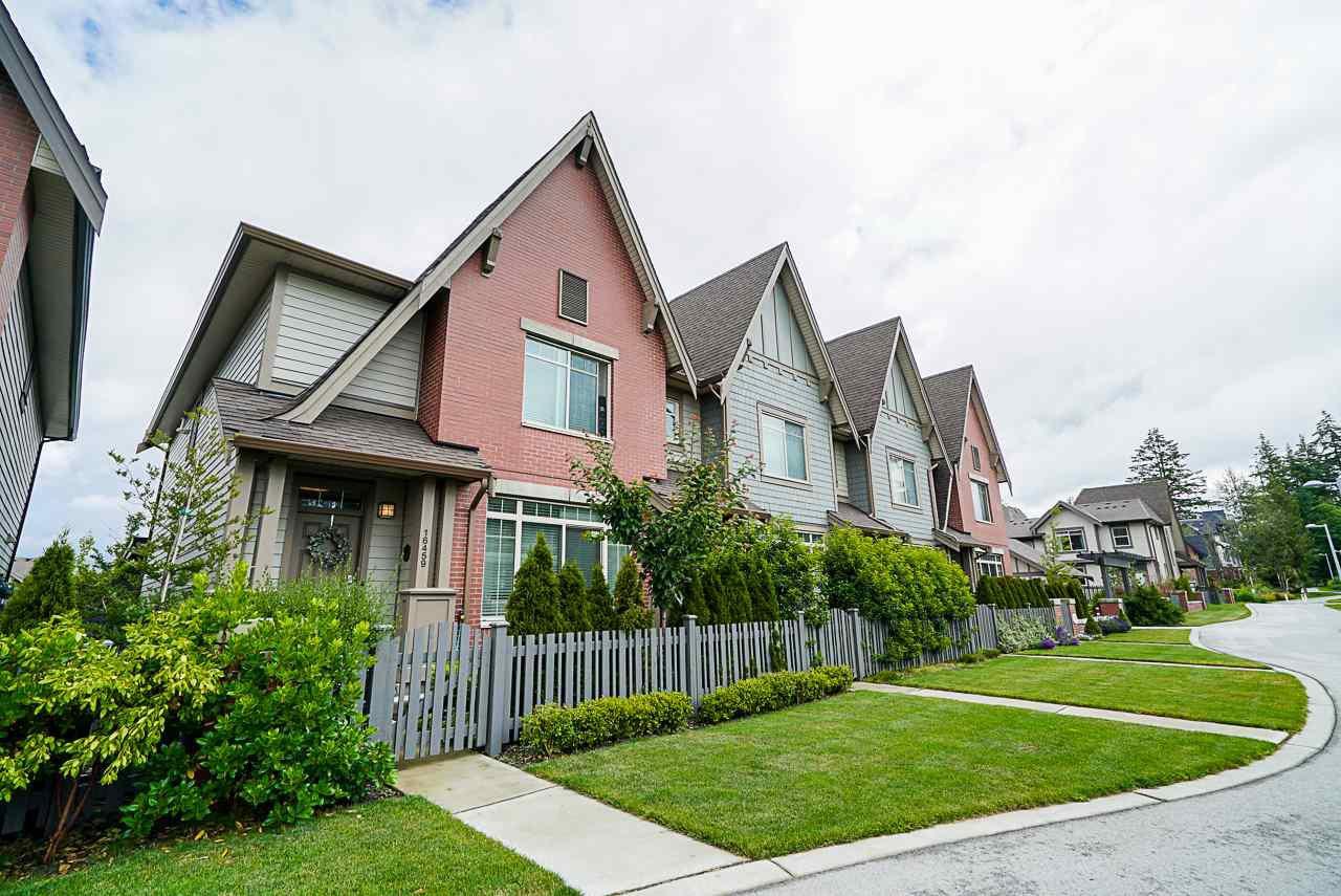"""Main Photo: 16459 24 Avenue in Surrey: Grandview Surrey Condo for sale in """"Hycroft 2"""" (South Surrey White Rock)  : MLS®# R2470525"""