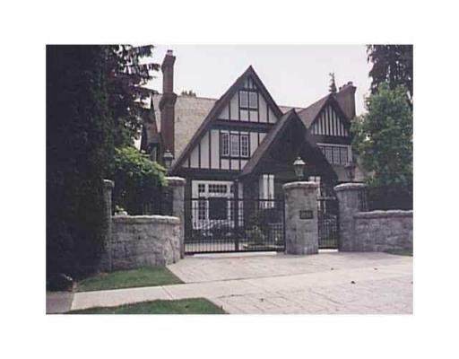 Main Photo: 1550 LAURIER AV in Vancouver: House for sale : MLS®# V825759