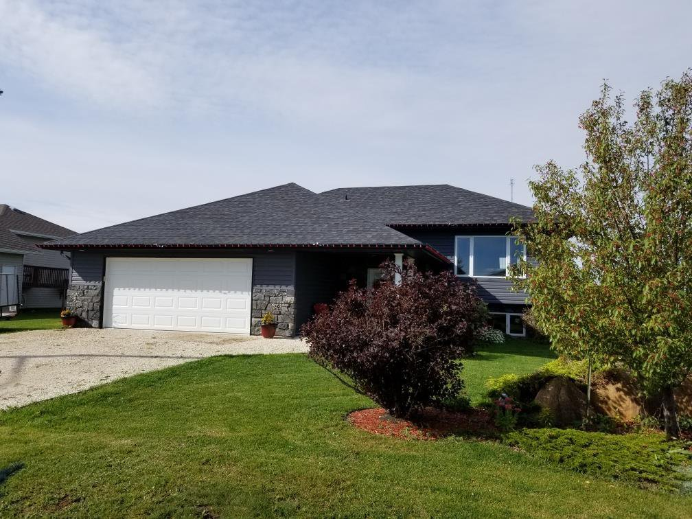 Main Photo: 90 Creekside Drive in Steinbach: Deerfield Residential for sale (R16)  : MLS®# 1927603