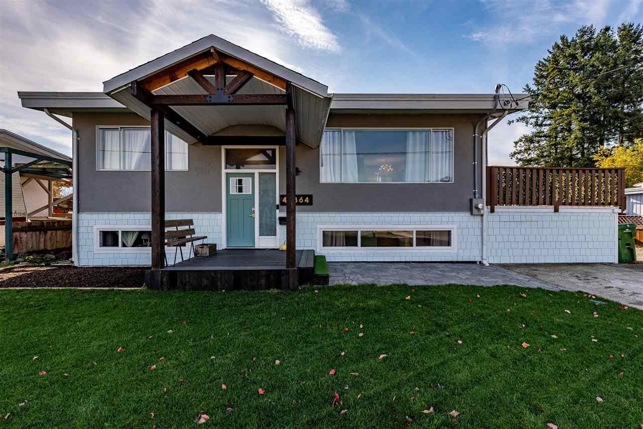 Main Photo: 46364 STRATHCONA Road in Chilliwack: Fairfield Island House for sale : MLS®# R2417030