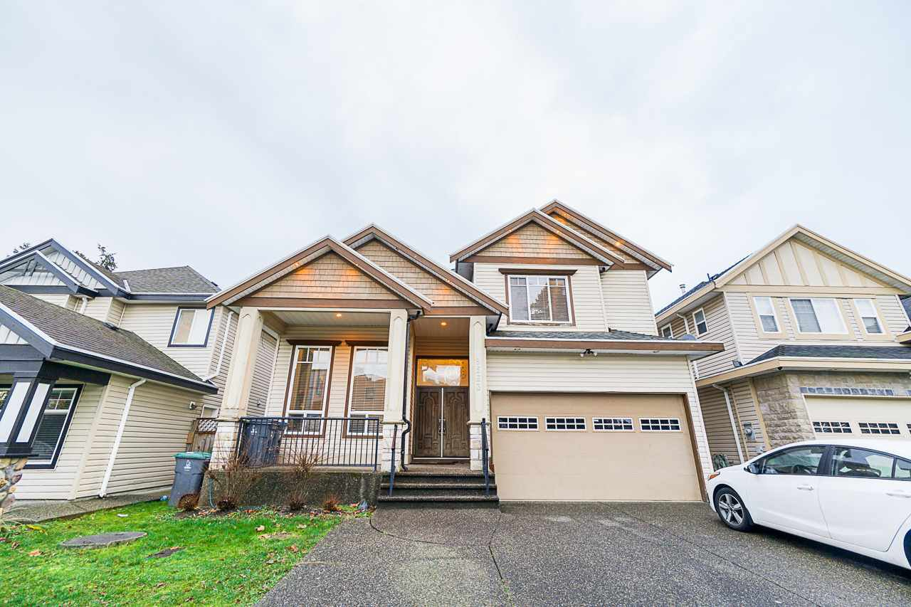 Main Photo: 9563 127 Street in Surrey: Queen Mary Park Surrey House for sale : MLS®# R2528481