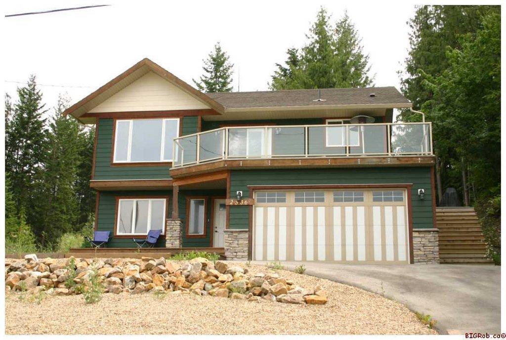 Main Photo: 2536 Centennial Drive: Blind Bay House for sale (Shuswap Lake)  : MLS®# 10043467