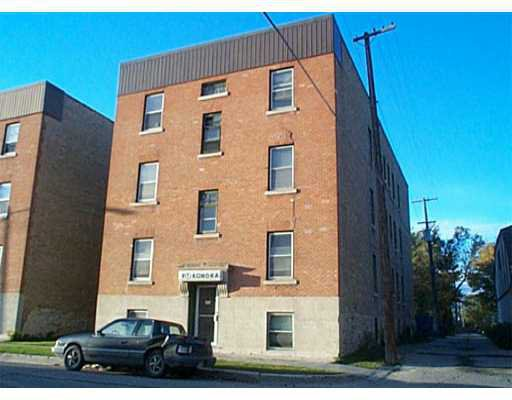 Main Photo: 817 ST PAUL Avenue in WINNIPEG: West End / Wolseley Industrial / Commercial / Investment for sale (West Winnipeg)  : MLS®# 2311785