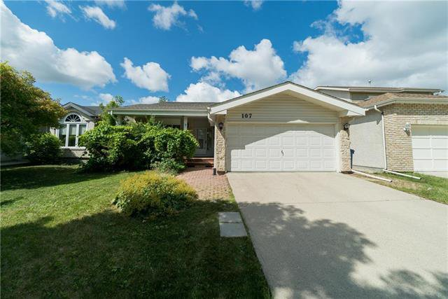 Main Photo: 107 Garwick Cove in Winnipeg: Southdale Residential for sale (2H)  : MLS®# 1922477