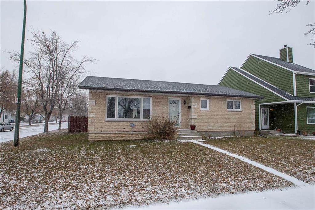 Main Photo: 731 Swailes Avenue in Winnipeg: Garden City Residential for sale (4F)  : MLS®# 202026862
