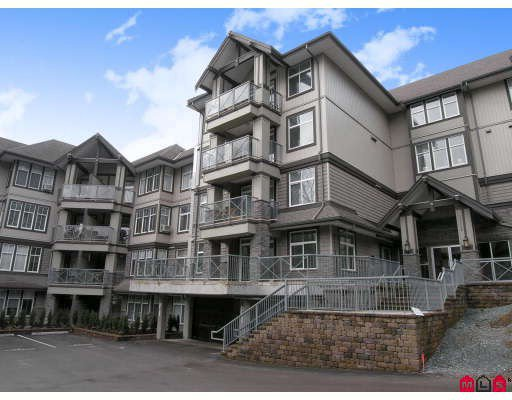 "Main Photo: 410 33318 BOURQUIN Crescent in Abbotsford: Central Abbotsford Condo for sale in ""NATURES GATE"" : MLS®# F2801735"