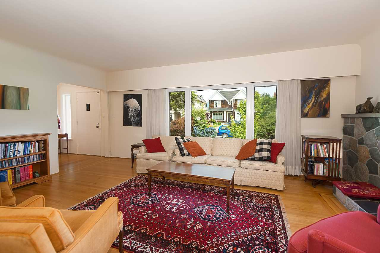 Photo 5: Photos: 3838 W 2ND Avenue in Vancouver: Point Grey House for sale (Vancouver West)  : MLS®# R2421483