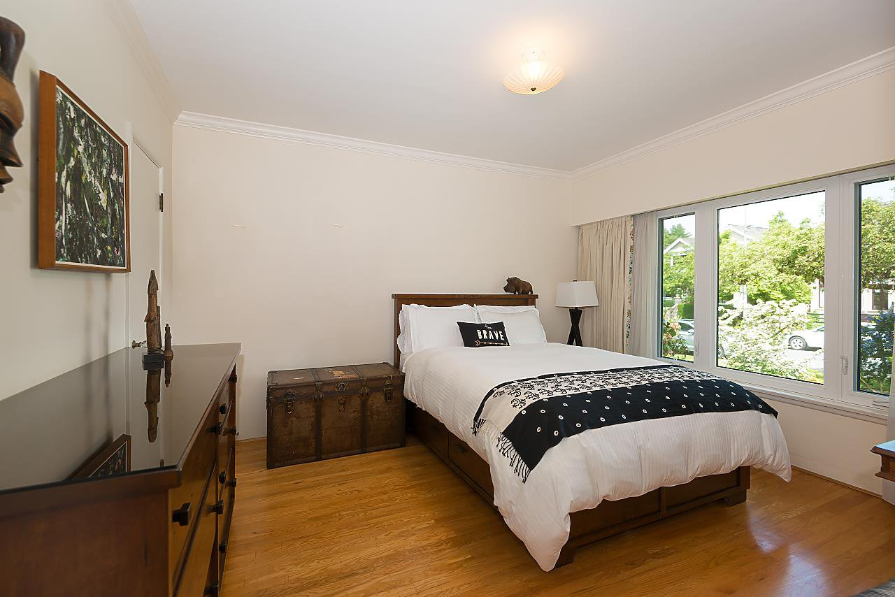 Photo 10: Photos: 3838 W 2ND Avenue in Vancouver: Point Grey House for sale (Vancouver West)  : MLS®# R2421483