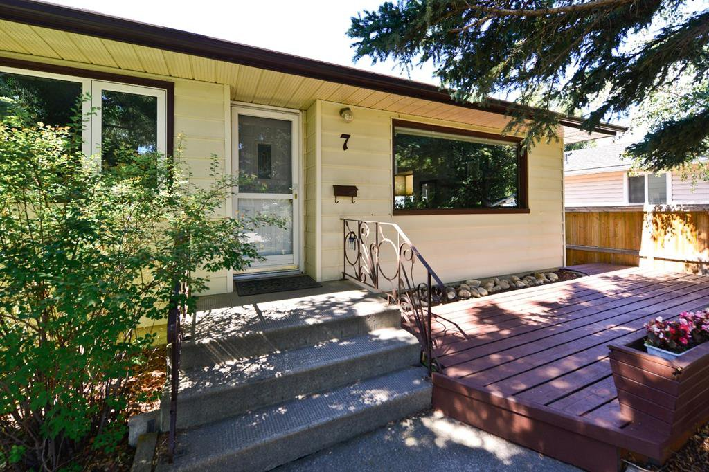 Welcome! Lovely Bungalow style home of 1054sq.ft. above grade surrounded by a freshly painted wooden deck.