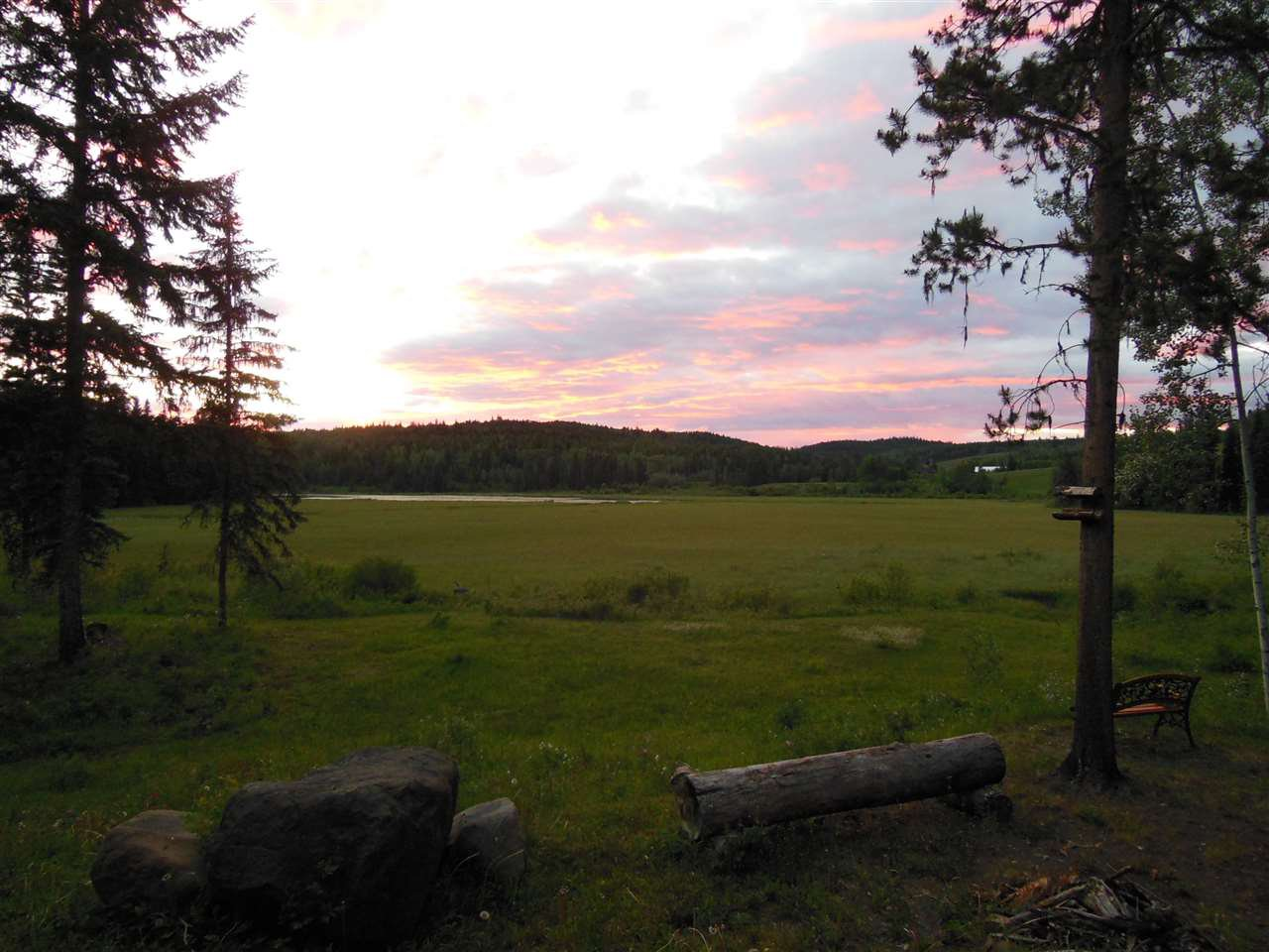 Photo 31: Photos: 3535 WESTWICK PIT Road: 150 Mile House House for sale (Williams Lake (Zone 27))  : MLS®# R2488772