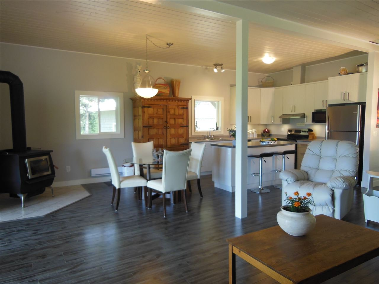 Photo 6: Photos: 3535 WESTWICK PIT Road: 150 Mile House House for sale (Williams Lake (Zone 27))  : MLS®# R2488772