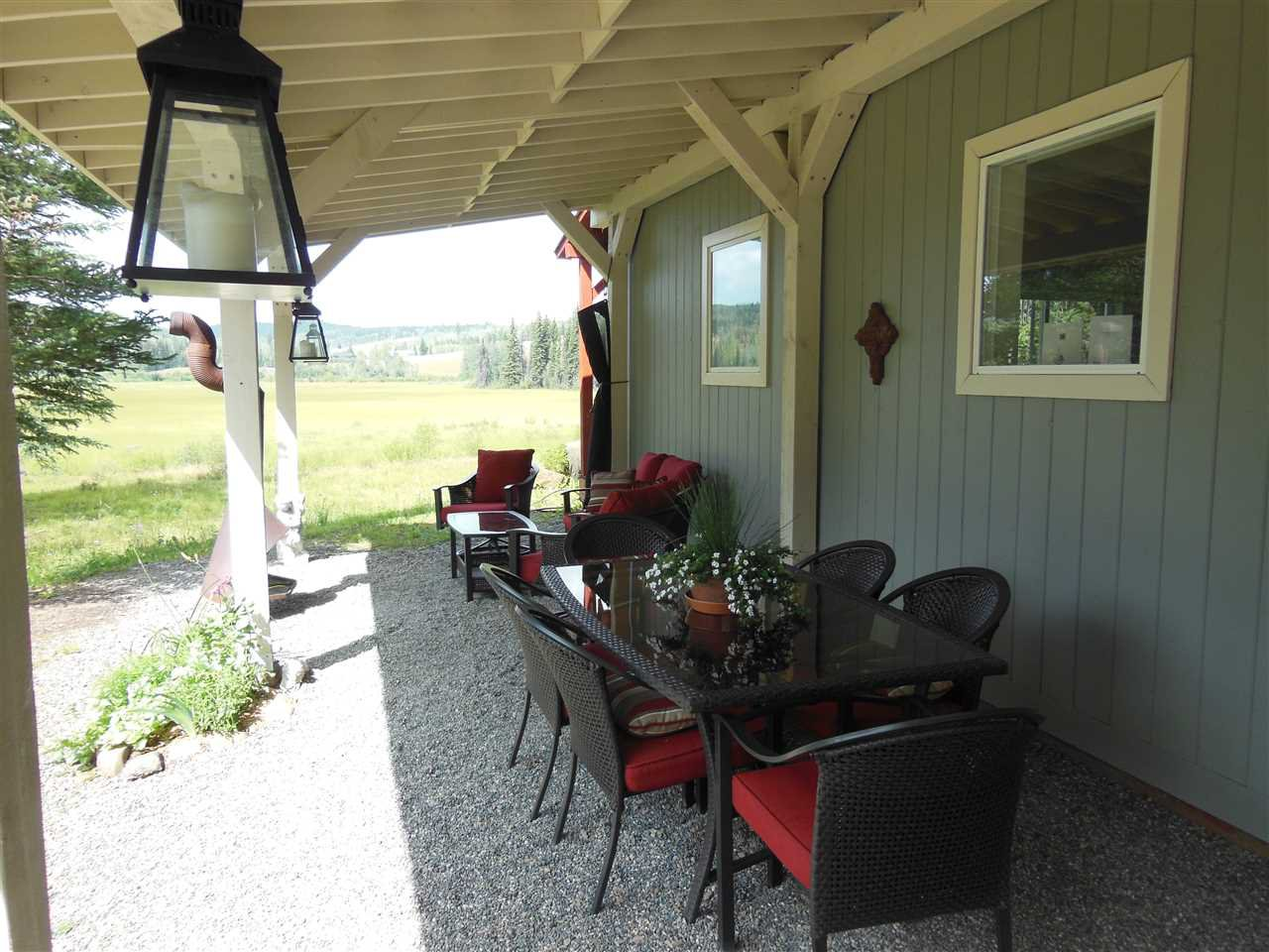 Photo 16: Photos: 3535 WESTWICK PIT Road: 150 Mile House House for sale (Williams Lake (Zone 27))  : MLS®# R2488772