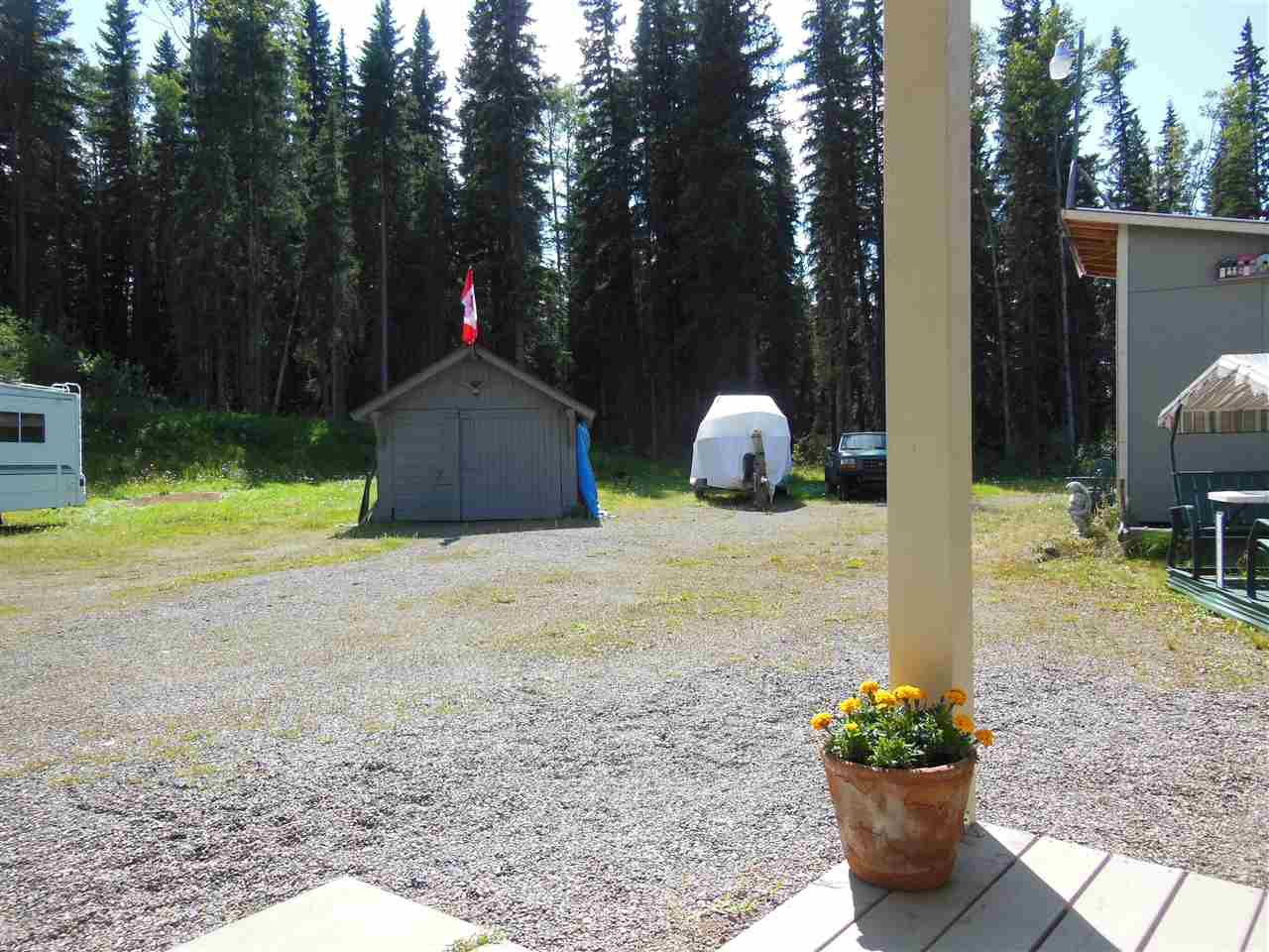Photo 19: Photos: 3535 WESTWICK PIT Road: 150 Mile House House for sale (Williams Lake (Zone 27))  : MLS®# R2488772