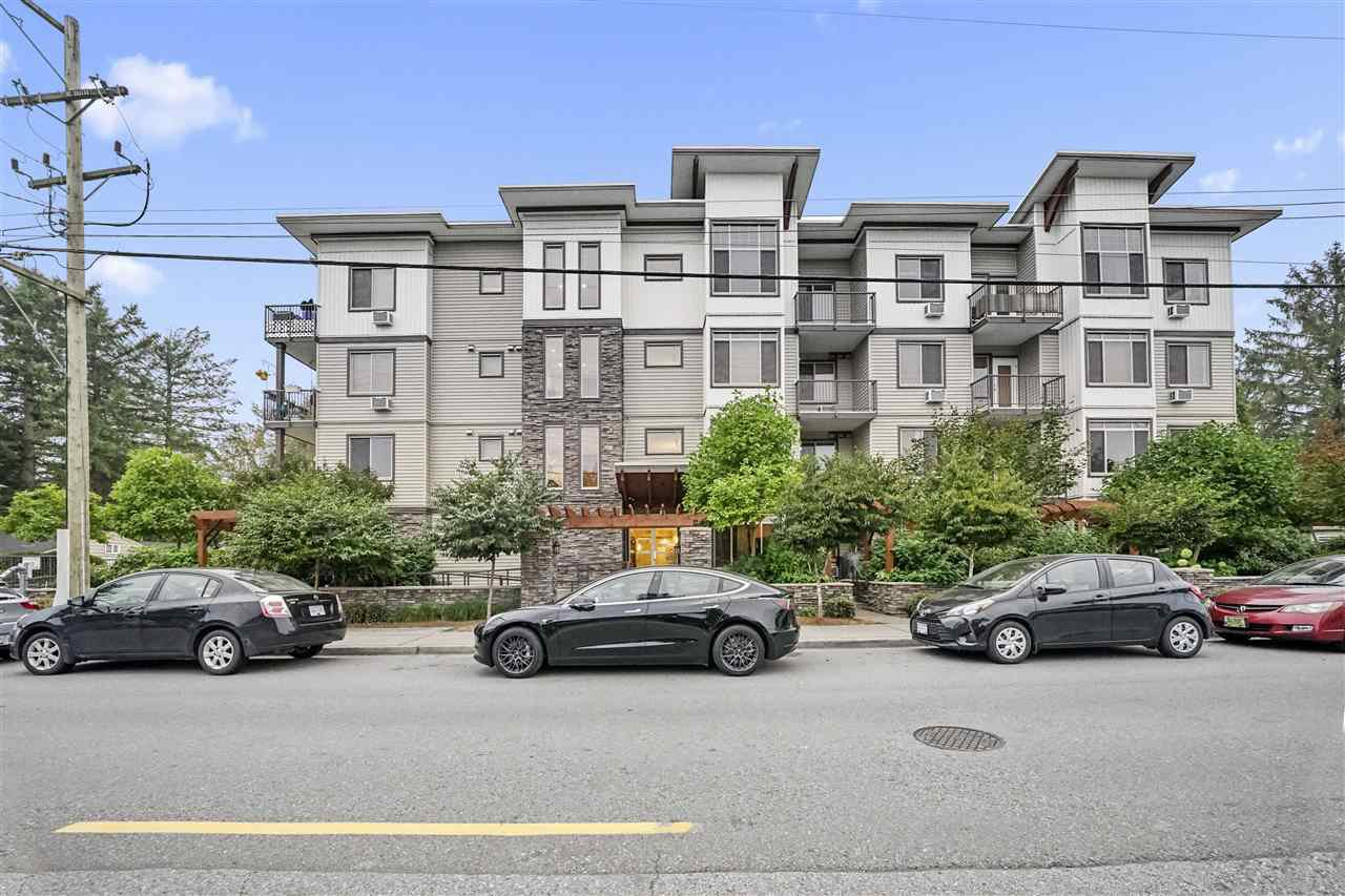 "Main Photo: 309 11887 BURNETT Street in Maple Ridge: East Central Condo for sale in ""Wellington Station"" : MLS®# R2499309"