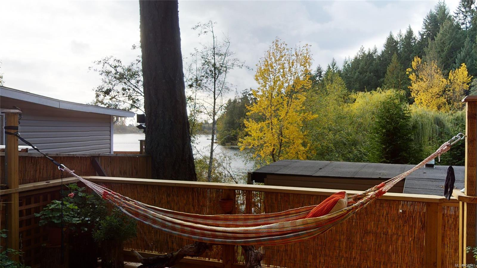 Views of Florence Lake from the large Deck.