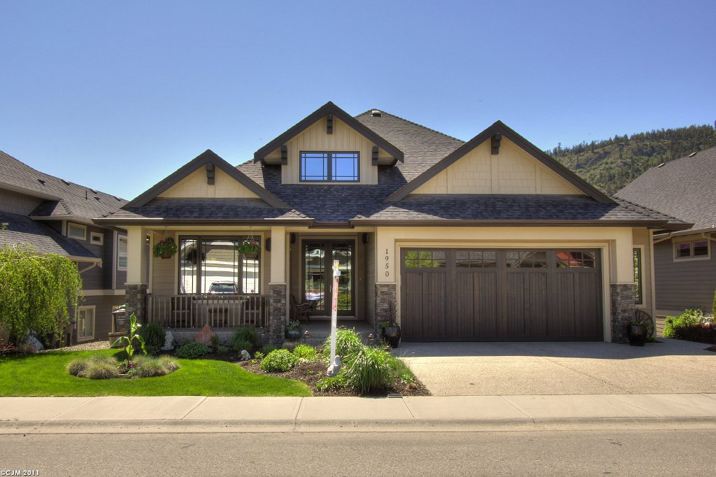 Main Photo: 1950  Hidden Lake Place in Kelowna: North Glenmore Residential Detached for sale : MLS®# 10023986
