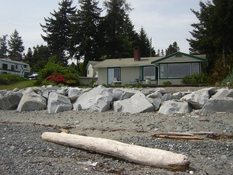 Main Photo: 1836 ASTRA ROAD in COMOX: Residential Detached for sale : MLS®# 249491