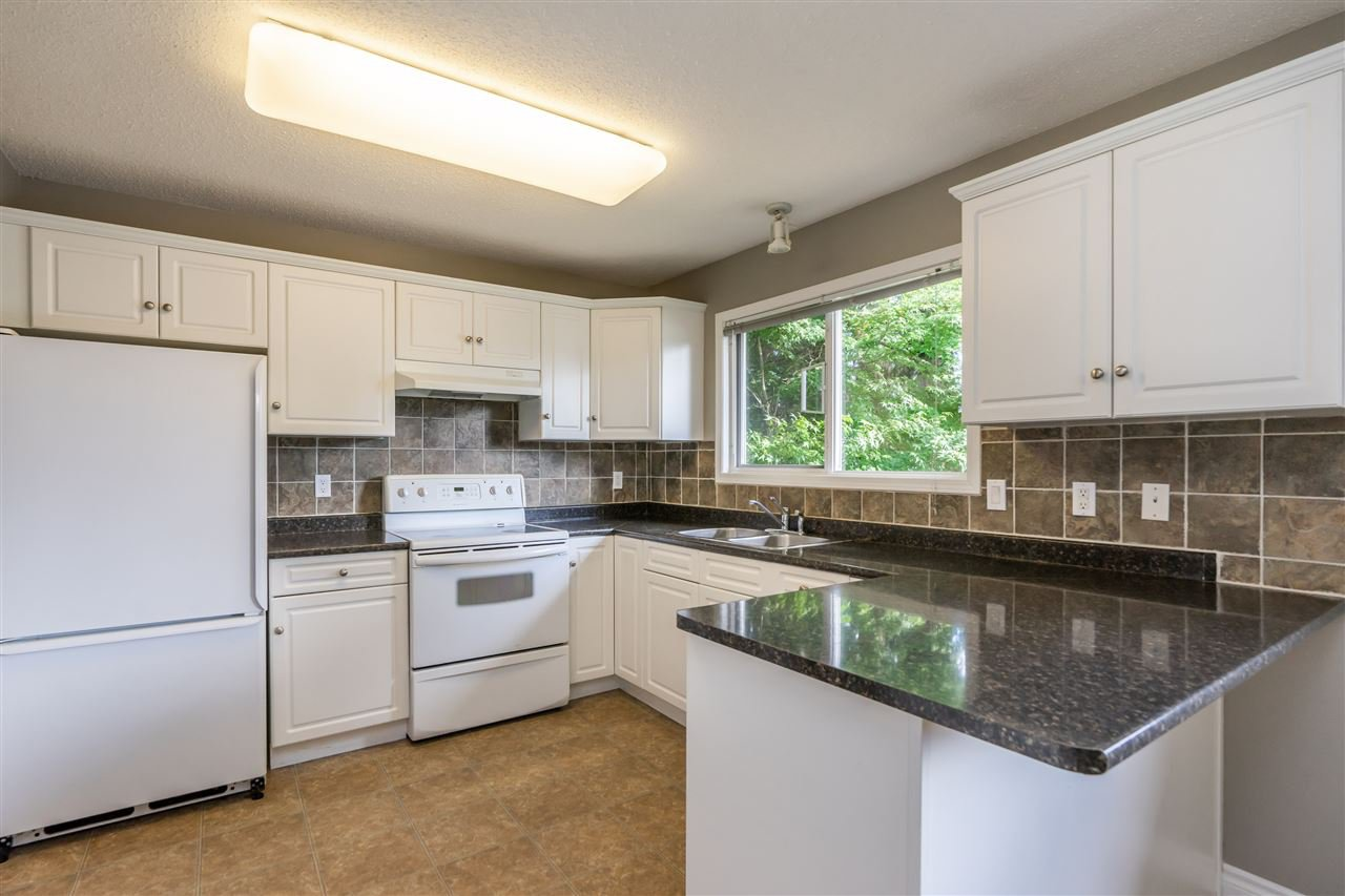 "Photo 1: Photos: 34779 MARSHALL Road in Abbotsford: Abbotsford East House for sale in ""McMillan"" : MLS®# R2397046"
