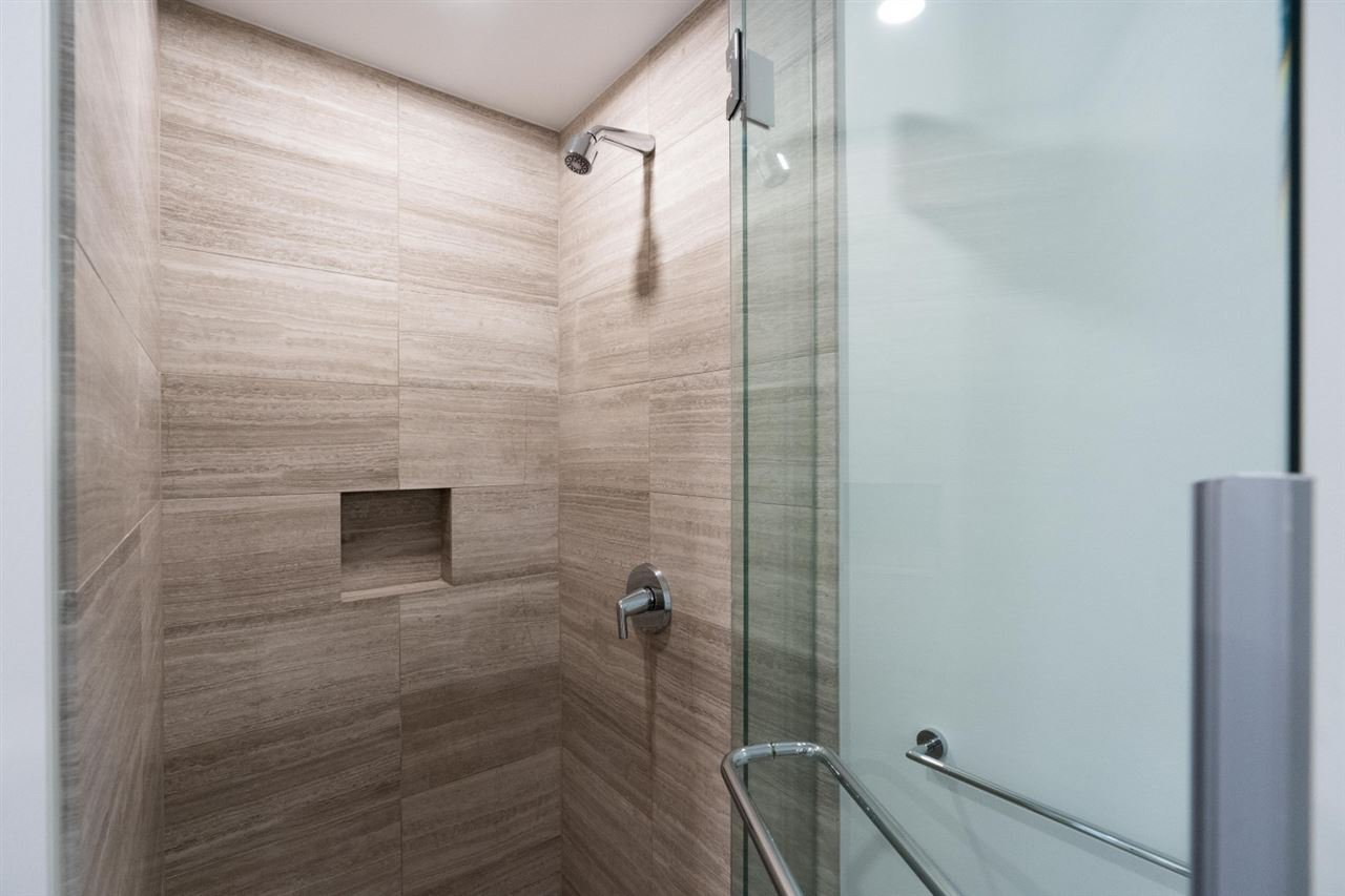 """Photo 13: Photos: 1506 1480 HOWE Street in Vancouver: Downtown VW Condo for sale in """"Vancouver House"""" (Vancouver West)  : MLS®# R2462014"""