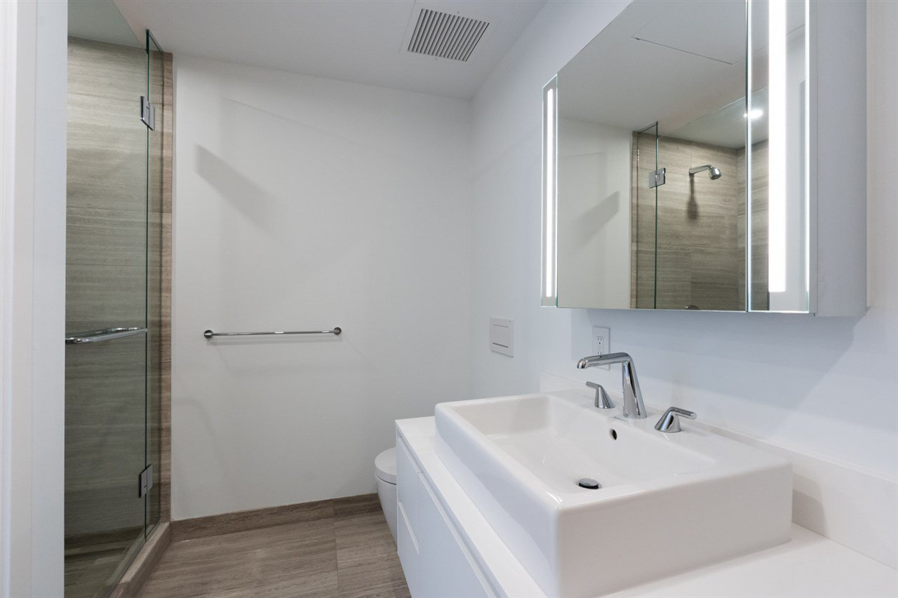 """Photo 12: Photos: 1506 1480 HOWE Street in Vancouver: Downtown VW Condo for sale in """"Vancouver House"""" (Vancouver West)  : MLS®# R2462014"""