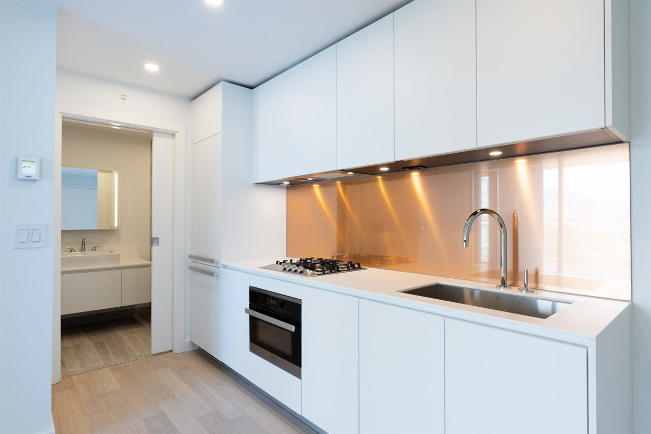 """Photo 8: Photos: 1506 1480 HOWE Street in Vancouver: Downtown VW Condo for sale in """"Vancouver House"""" (Vancouver West)  : MLS®# R2462014"""