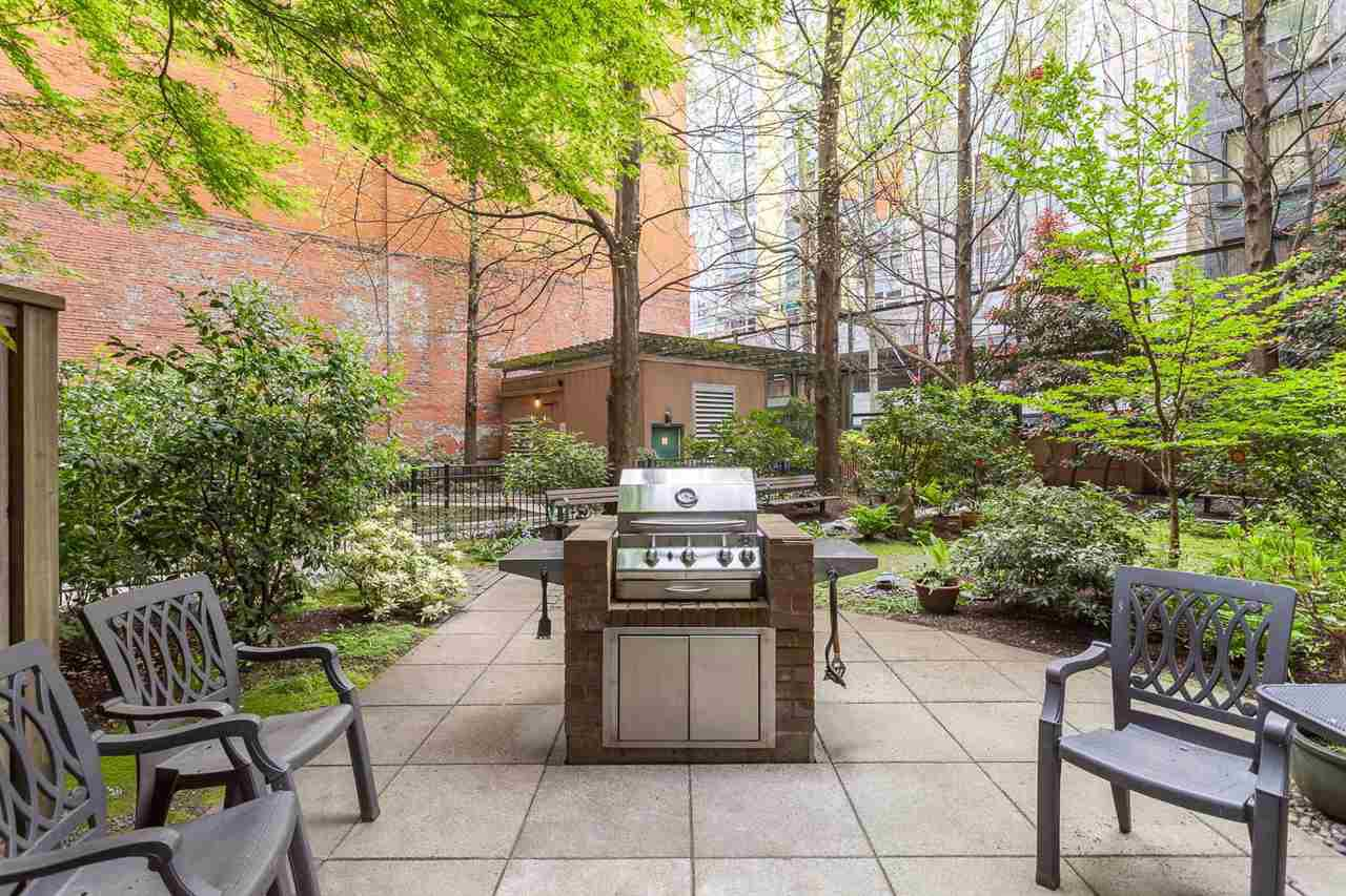 "Photo 34: Photos: 605 22 E CORDOVA Street in Vancouver: Downtown VE Condo for sale in ""Van Horne"" (Vancouver East)  : MLS®# R2488632"