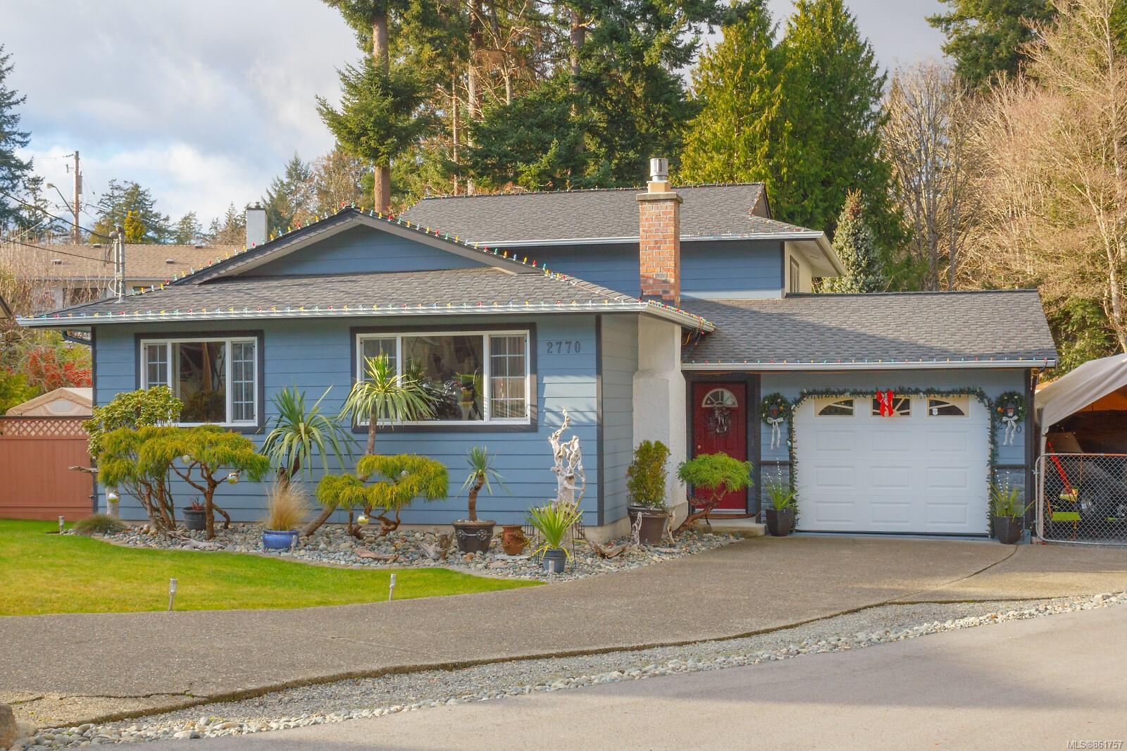 Main Photo: 2770 Kristina Pl in : La Goldstream House for sale (Langford)  : MLS®# 861757