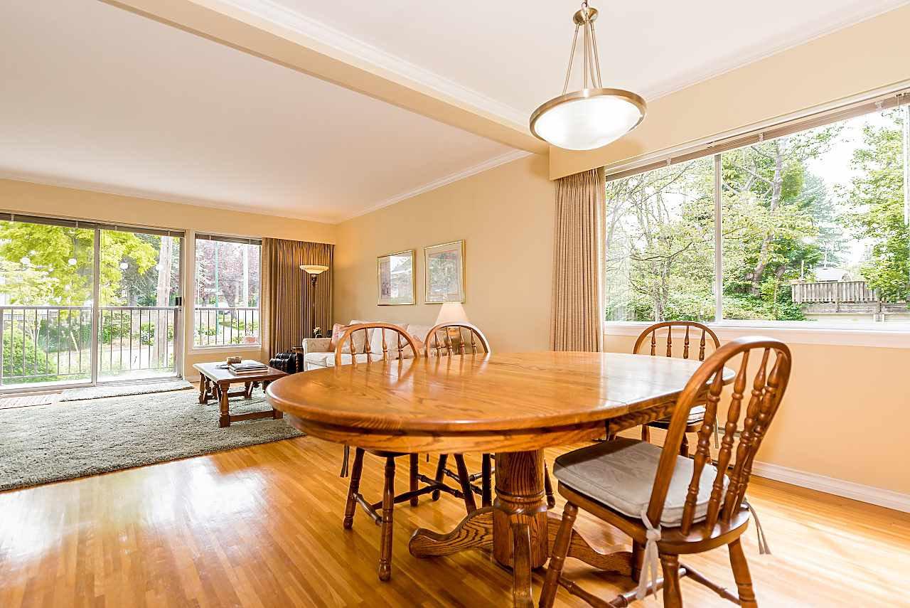 "Photo 4: Photos: 104 3784 W 16TH Avenue in Vancouver: Dunbar Condo for sale in ""Highbury Manor"" (Vancouver West)  : MLS®# R2389240"