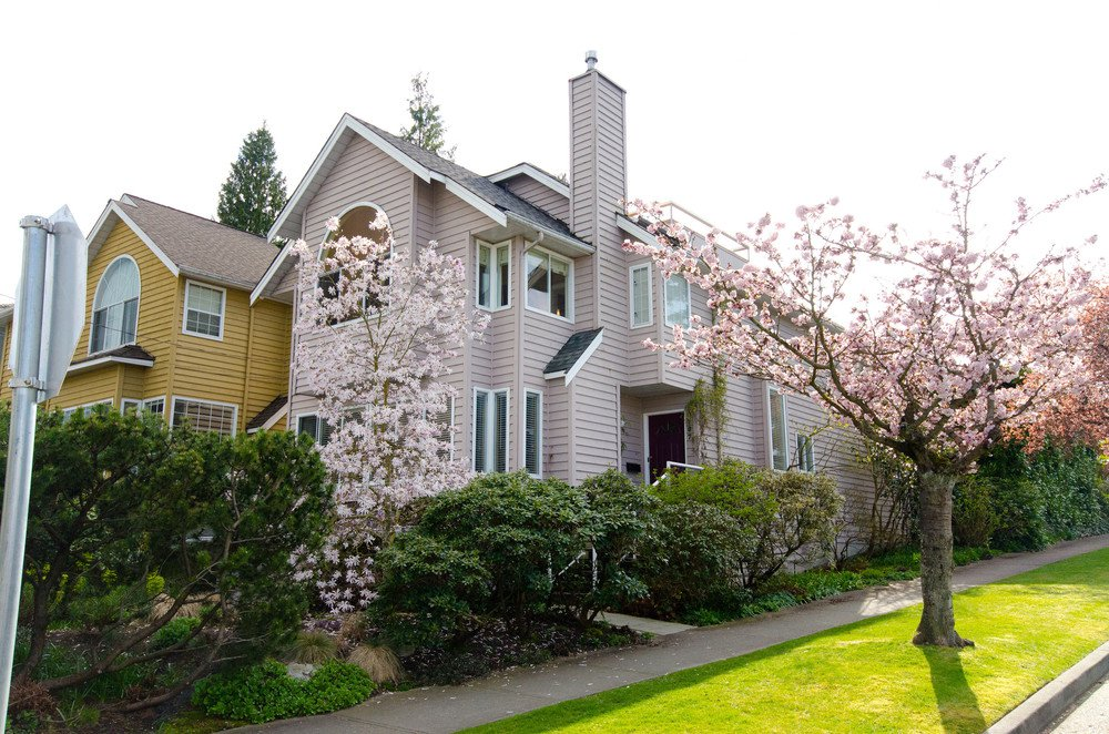 Main Photo:  in Vancouver: Home for sale : MLS®# v885670