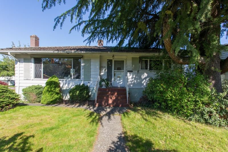 Main Photo: 7310 BOUNDARY Road in Burnaby: Suncrest House for sale (Burnaby South)  : MLS®# R2454958