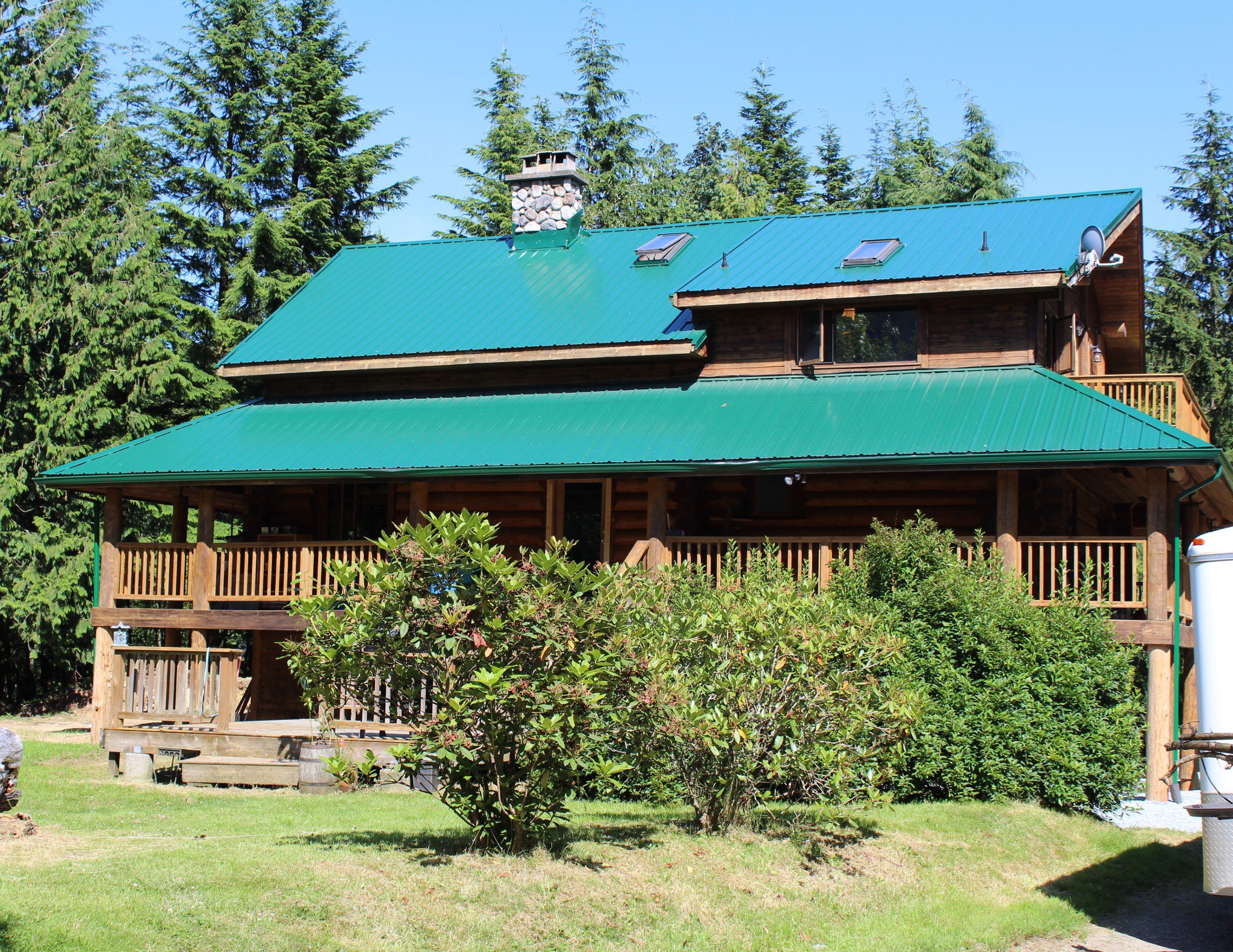 """Main Photo: 6040 DUNKERLEY Road in Abbotsford: Sumas Mountain House for sale in """"Sumas Mountain"""" : MLS®# R2474437"""
