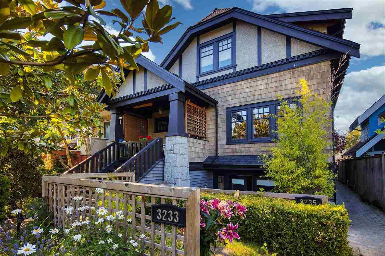 Main Photo: 3233 W 3RD Avenue in Vancouver: Kitsilano Townhouse for sale (Vancouver West)  : MLS®# R2481535