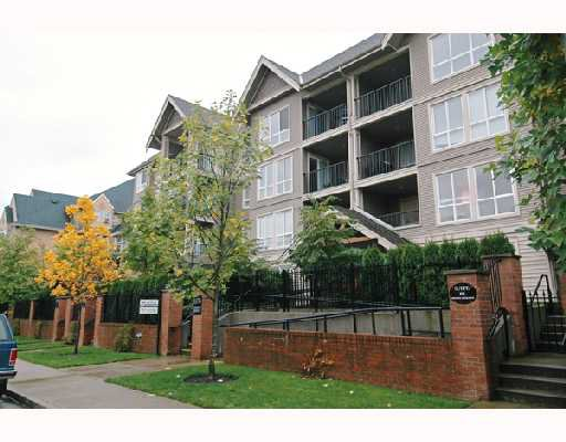 "Main Photo: 102 1576 GRANT Avenue in Port_Coquitlam: Glenwood PQ Condo for sale in ""THE BROWNSTONE"" (Port Coquitlam)  : MLS®# V672099"