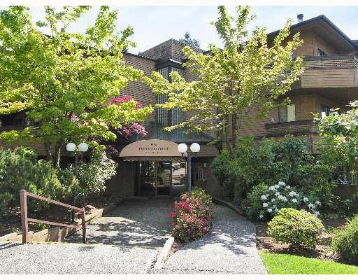 "Main Photo: 109 1195 PIPELINE Road in Coquitlam: New Horizons Condo for sale in ""DEERWOOD COURT"" : MLS®# V676157"